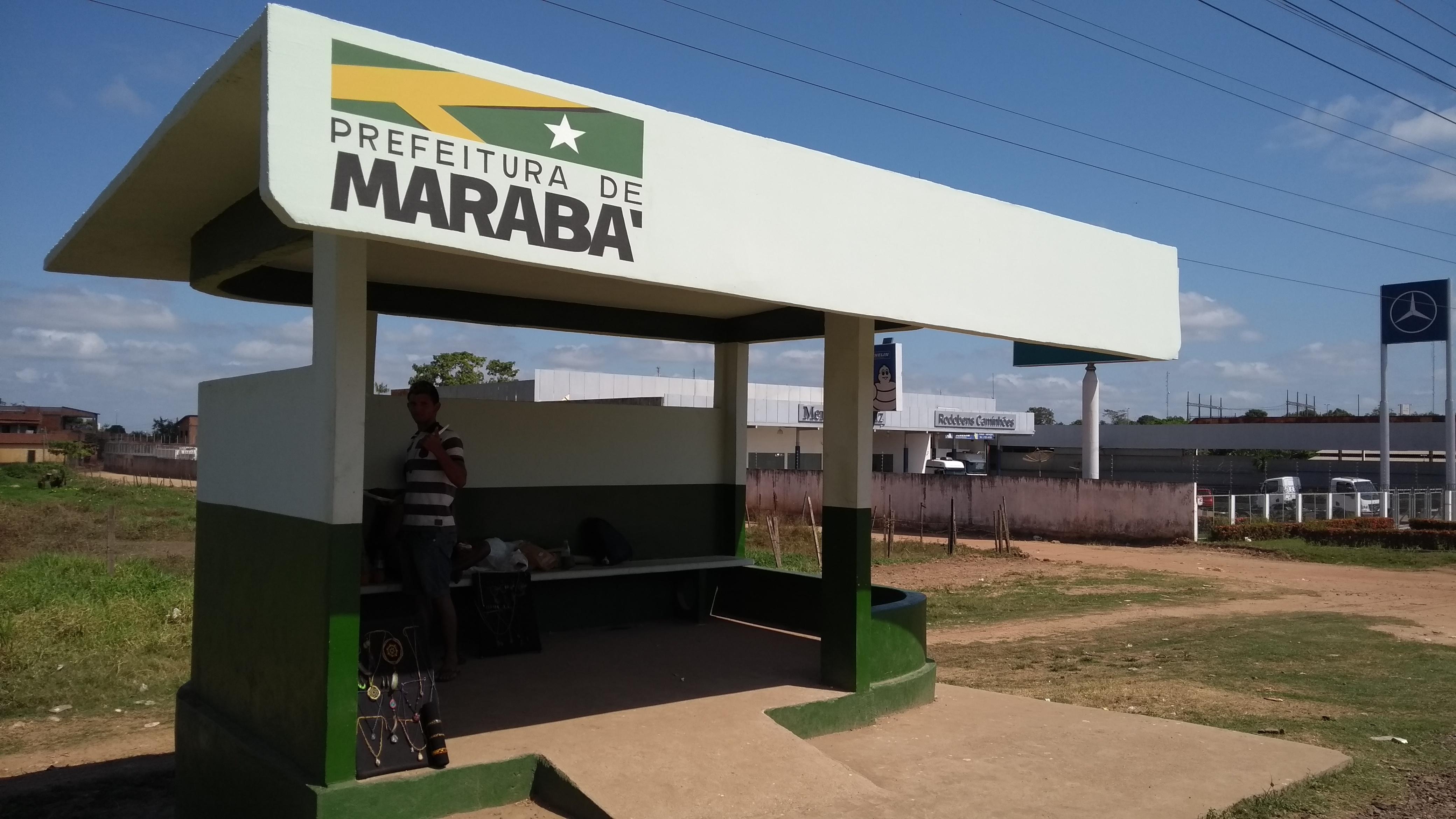 PREFEITURA COMEÇA A REVITALIZAR PARADAS DE ÔNIBUS