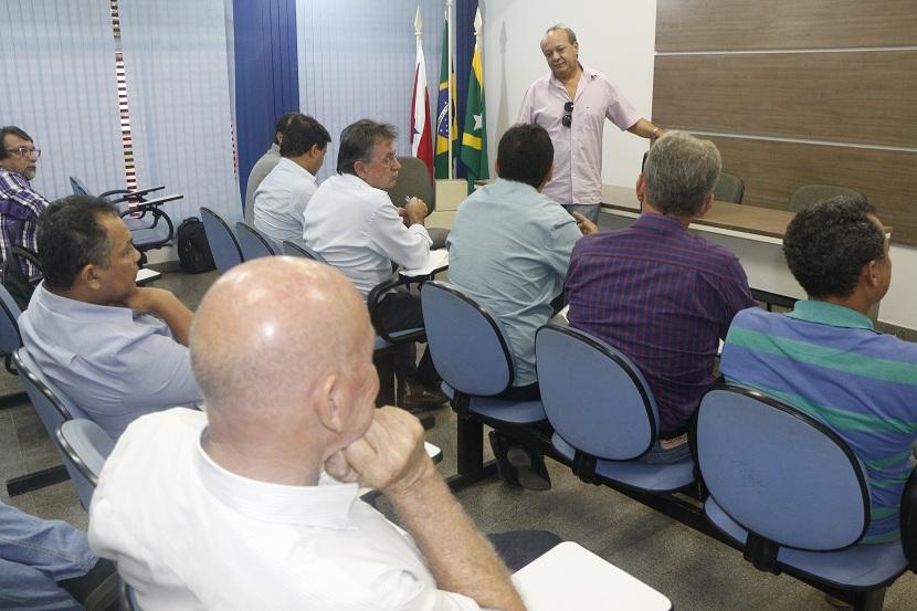 Na manhã de hoje (4), no auditório do gabinete do prefeito de Marabá, oito  gestores de municípios sob influência das operações da Vale participaram de  uma ... a1c4118171
