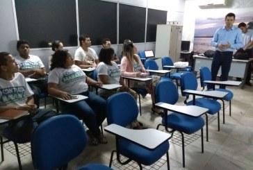 SINE: SERVIDORES PARTICIPAM DE PALESTRA SOBRE IMPACTOS DO MUNDO DIGITAL NO EMPREGO