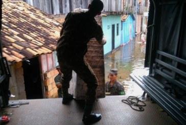 DEFESA CIVIL: MAIS 110 FAMÍLIAS SÃO TRANSFERIDAS PARA NOVOS ABRIGOS MONTADOS PELA PREFEITURA.