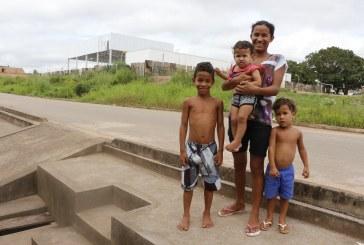 LAZER: PRAÇA DO KM 7 ESTÁ EM FASE FINAL DE CONCLUSÃO E MORADORES COMEMORAM