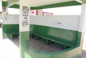 POSTURA: COLAGEM DE PROPAGANDAS EM PONTOS DE ÔNIBUS PODE DAR CADEIA E MULTA DE ATÉ R$ 8.556,00