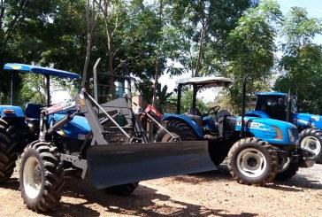 AGRICULTURA: SEAGRI RECEBE TRÊS NOVOS TRATORES AGRÍCOLAS PARA AUXILIAR NA MECANIZAÇÃO