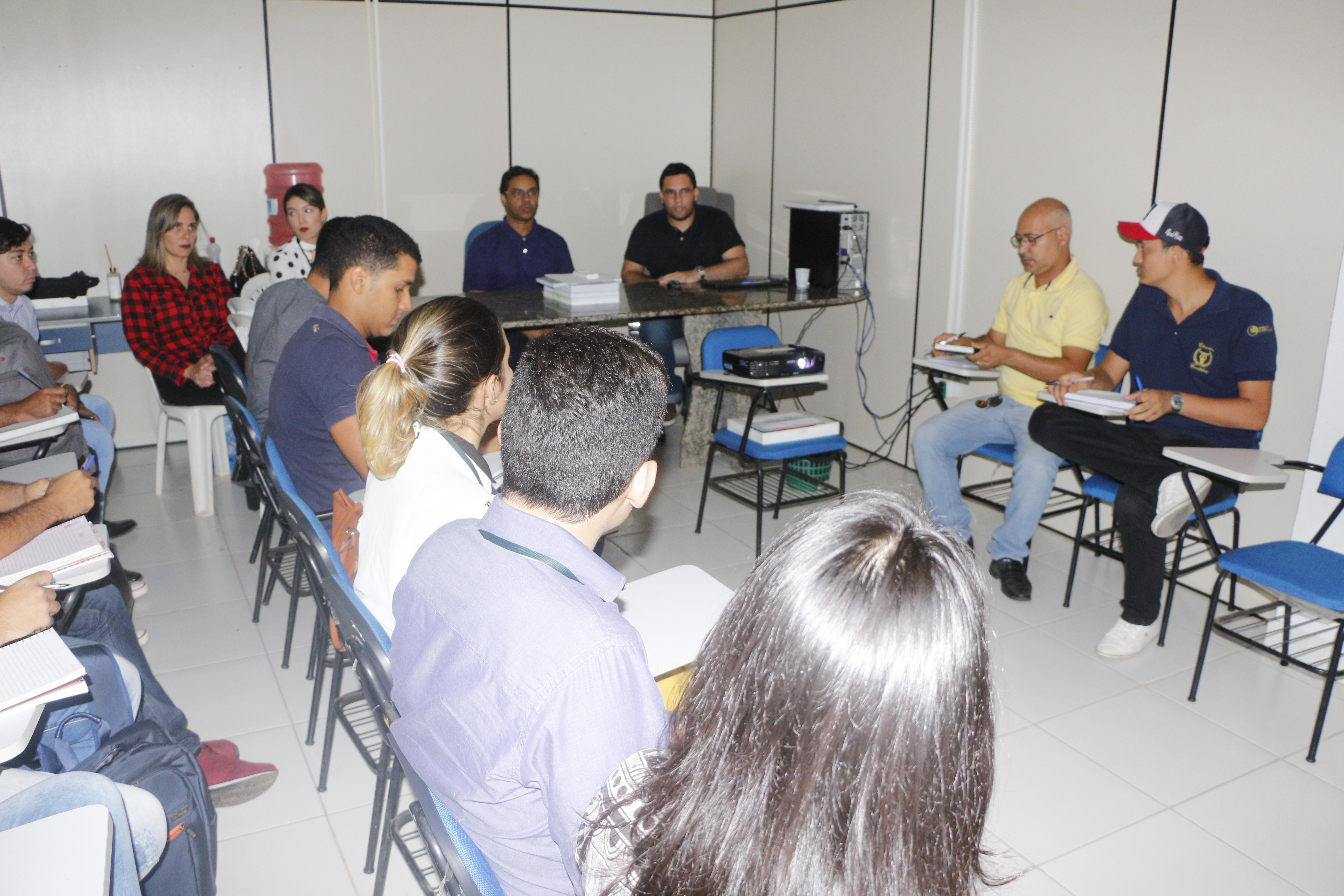 GESTÃO: CONTROLADORIA DO MUNICÍPIO FECHA PARCERIA COM CURSO DE ADMINISTRAÇÃO PARA TREINAMENTO DOS NOVOS GESTORES