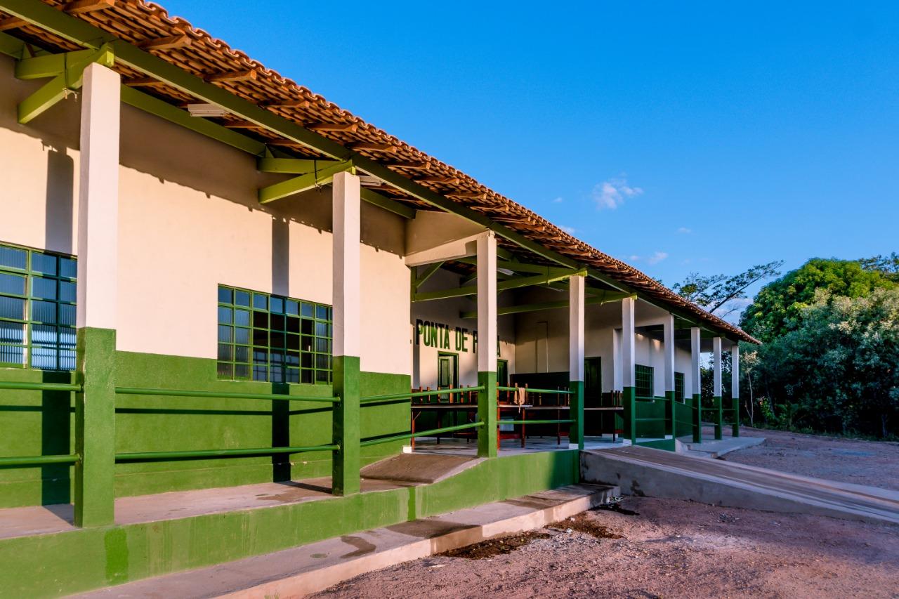 EDUCAÇÃO: P.A. PONTA DE PEDRA GANHA UMA NOVA ESCOLA HOJE.