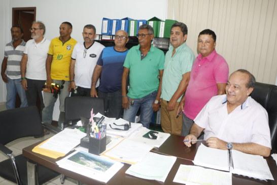 ESPORTE: PREFEITO ASSINA TERMO DE COOPERAÇÃO DE APOIO AO ESPORTE AMADOR
