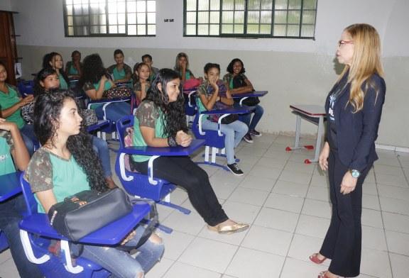 Educação: Diretora da Escola Duque de Caxias aposta no exemplo e gestão participativa
